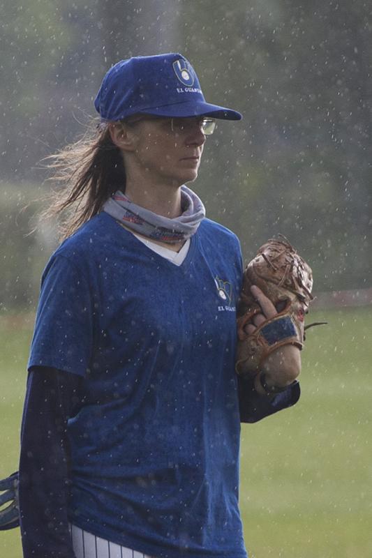 Stoica sotto la pioggia .....